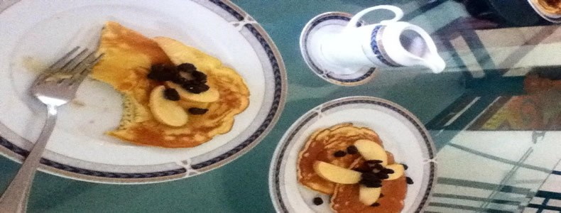 Raisin' the Roof! - Pancakes with apples and raisins